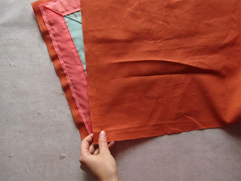 Mantel individual con esquinas diagonales paso 1
