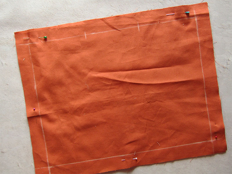 Mantel individual con esquinas diagonales paso 2
