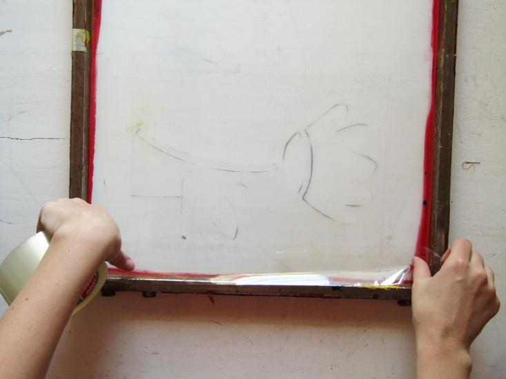 Serigrafía paso 4 (detrás del bastidor)