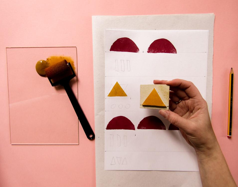 Estampado con sellos y pintura para sublimación