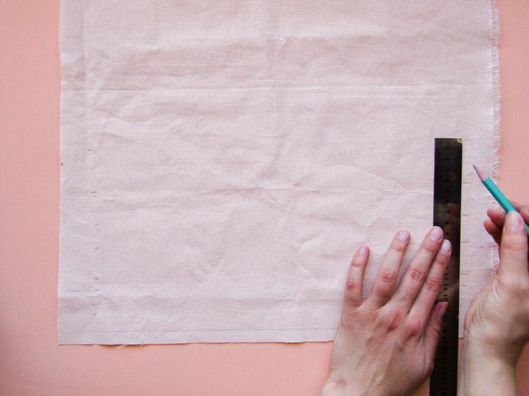 Como estampar rayas sobre tela - Paso 3